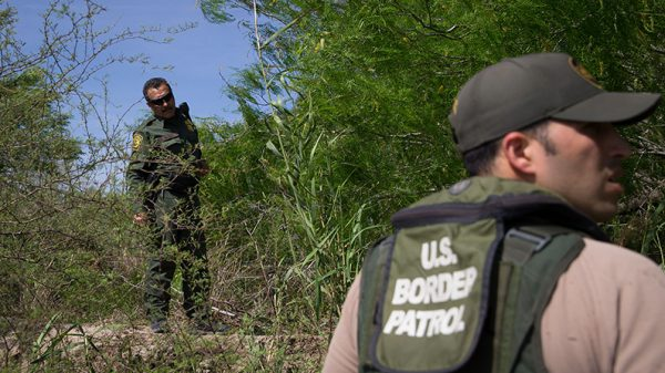 Member of armed group detaining migrants arrested by FBI