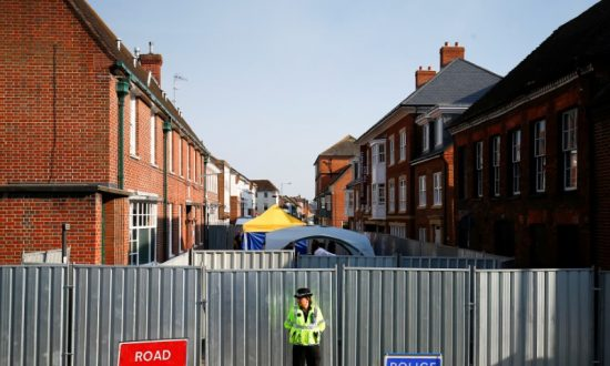 British Man Poisoned With Novichok Regains Consciousness