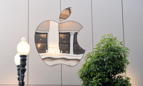 Chinese Former Apple Employee Charged With Stealing Self-Driving Car Trade Secrets
