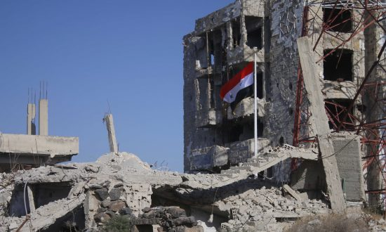 Syria and Russia Resume Air Strikes in Rebel-held Idlib