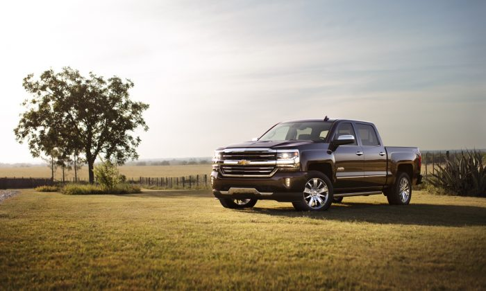 2018 Chevrolet Silverado 1500 High Country. (Courtesy of Chevrolet)