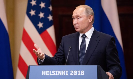 Putin Offers Mueller Options to Interrogate Russians Charged With Hacking