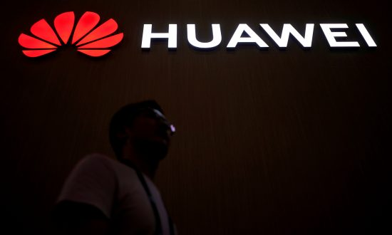 Chinese Company Huawei Poses 'Significant Risk' to UK Telecoms