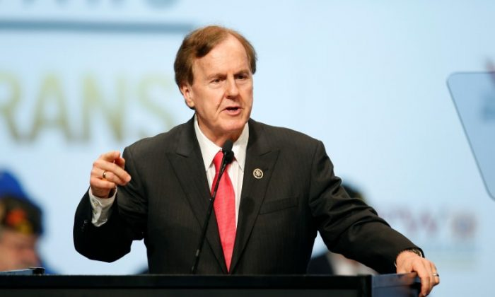 U.S. Representative Robert Pittenger speaks at the Veterans of Foreign Wars Convention in Charlotte, North Carolina on July 26, 2016. (Chris Keane/Reuters)
