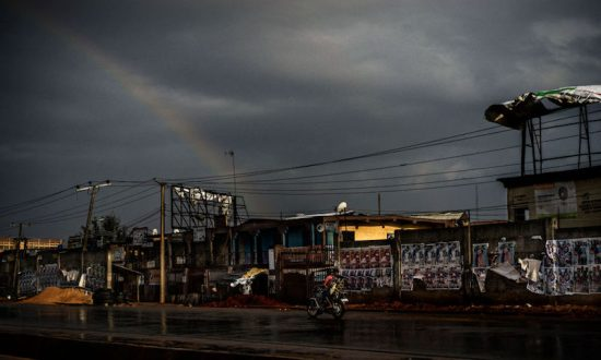 Nigerians Bury Cash in Backyards as Mobile Money Stumbles