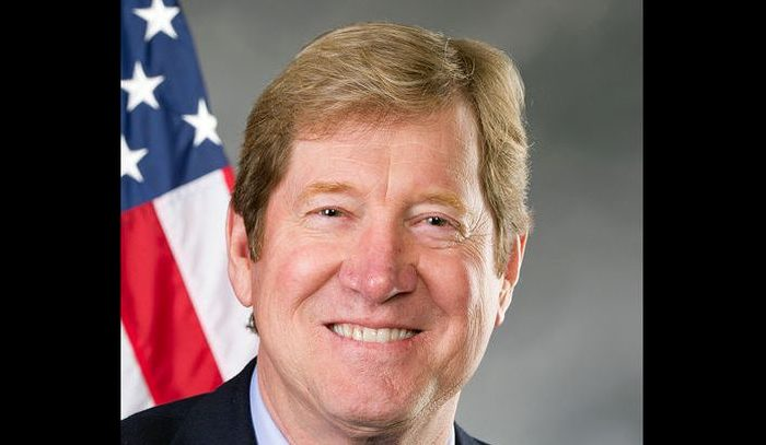 Republican Rep. Jason Lewis said that he was forced to contact police over threats that were issued to him and his family members. (U.S. House Office of Photography)