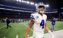 Dallas Cowboys Quarterback Explains Why He's Against Protesting During National Anthem