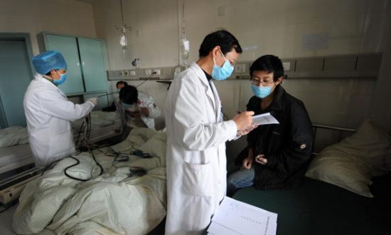 In China, Publicly Listed Health Care Company Exposed Over Fake Doctors Examining Patients