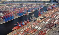 White House Considers Raising China Tariffs to 25 Percent