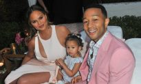 Chrissy Teigen Reveals Her Insecurity About Her Post-Pregnancy Body on Social Media