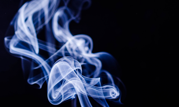 Smoking is no longer permitted in or near public housing across the nation, effective July 31, 2018. (maxknoxvill/Pixabay)