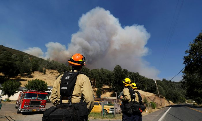 Extreme Conditions Expected as Firefighters Battle California Blazes