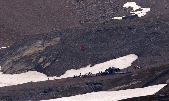 A general view of the accident site of a Junkers Ju-52 airplane of the local airline JU-AIR, in 2,450 meters (8,038 feet) above sea level near the mountain resort of Flims, Switzerland Aug. 5, 2018.  (REUTERS/Arnd Wiegmann)