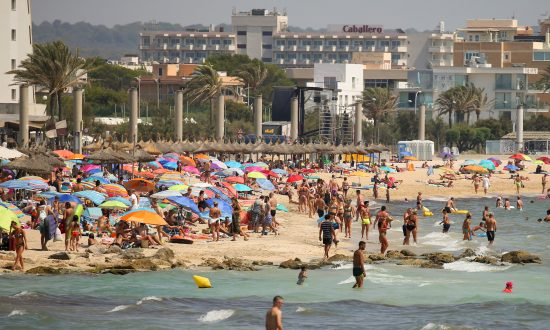 Spanish Hotels Cut Prices as Competition From Turkey, North Africa Heats Up