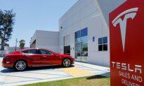 Elon Musk Considers Taking Tesla Private in Tweet, Shares Rise