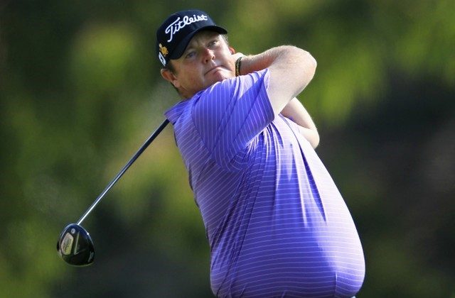 Jarrod Lyle of Australia tees off on the second hole during the final round of the Northern Trust Open golf tournament at Riviera Country Club in Los Angeles, February 19, 2012. (Reuters/Lucy Nicholson)