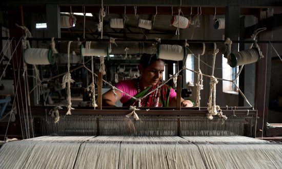 India Boosts Tariffs to Protect Local Textile Makers From Cheap Chinese Imports
