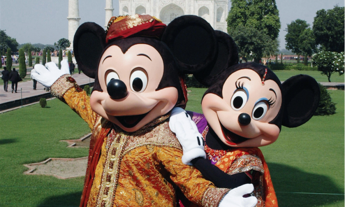 Mickey and Minnie in traditional Indian attire on October 30, 2008. (Brijesh Singh/AFP/Getty Images)