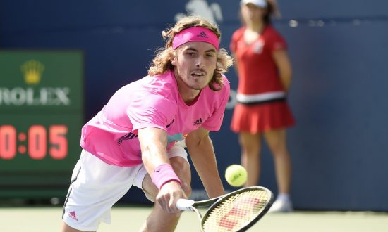 Tsitsipas Flies Greek Flag Proudly in Toronto With Rogers Cup Break-Out Run