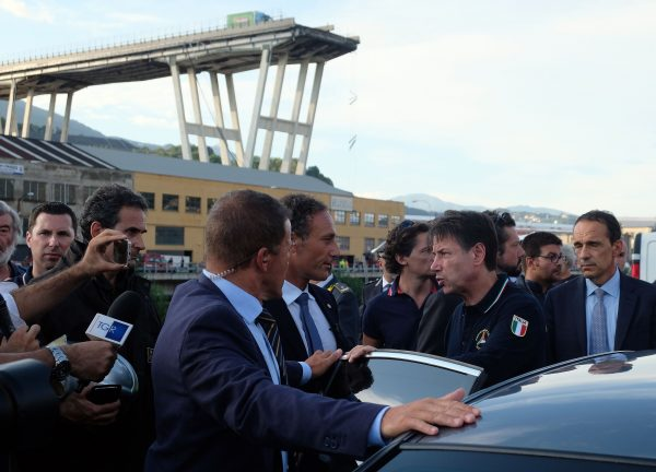 The prime minister of Italy visits the disaster zone