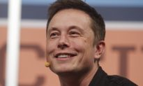 Musk Tells Newspaper He's Cracking Under Stress of Tesla Job