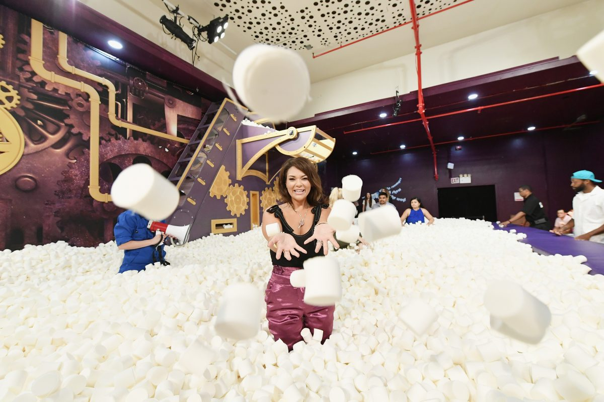 New York S Pop Up Candytopia Is Sensory Overload