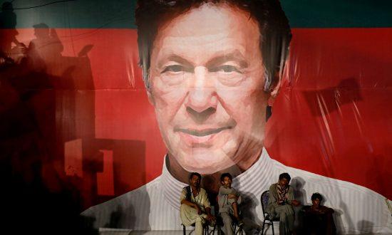 Promises, Promises, Imran Khan Raises Pakistani Hopes Sky High