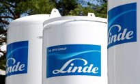 Linde, Praxair Get EU Approval for $82 Billion Deal, Await US Decision