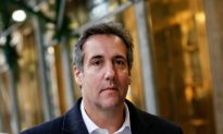 Ex-Trump Lawyer Cohen Pleads Guilty in Deal with Prosecutors