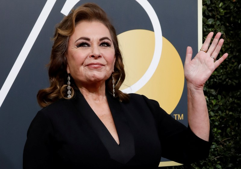 Actress Roseanne Barr waves on her arrival to the 75th Golden Globe Awards in Beverly Hills, California on Jan. 7, 2018. (Mario Anzuoni/Reuters File Photo)