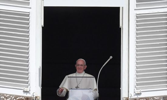 Pope Brushes Aside Allegations He Covered Up Sexual-Abuse Scandal