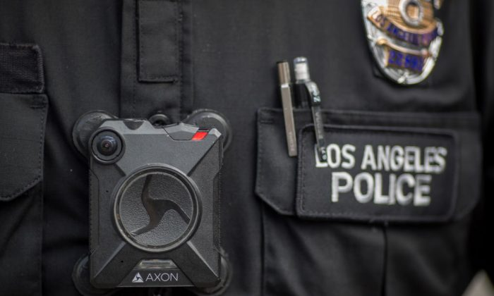 A Los Angeles police officer wears an AXON body camera in Los Angeles, Calif. on Feb. 18, 2017. (David McNew/Getty Images)