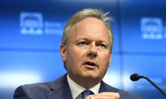 Bank of Canada on Hold as Trade Uncertainty Weighs on Solid Fundamentals