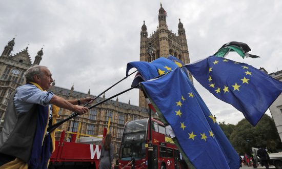 'No-Deal' Brexit? Britain Sets out the Damage for Consumers and Business