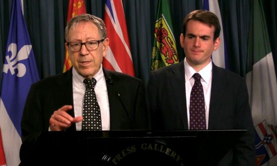 Keep Political Prisoner Cases in the Headlines, Cotler Tells Media