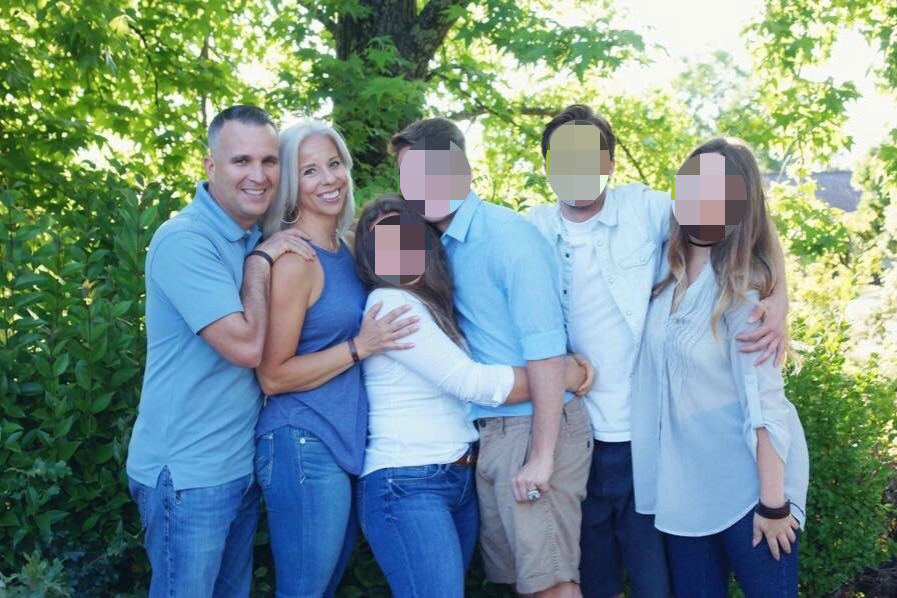 California officer kills wife