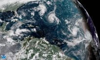 Tropical Storm Florence Gets Stronger, Expected to Become 'Major Hurricane' During Week
