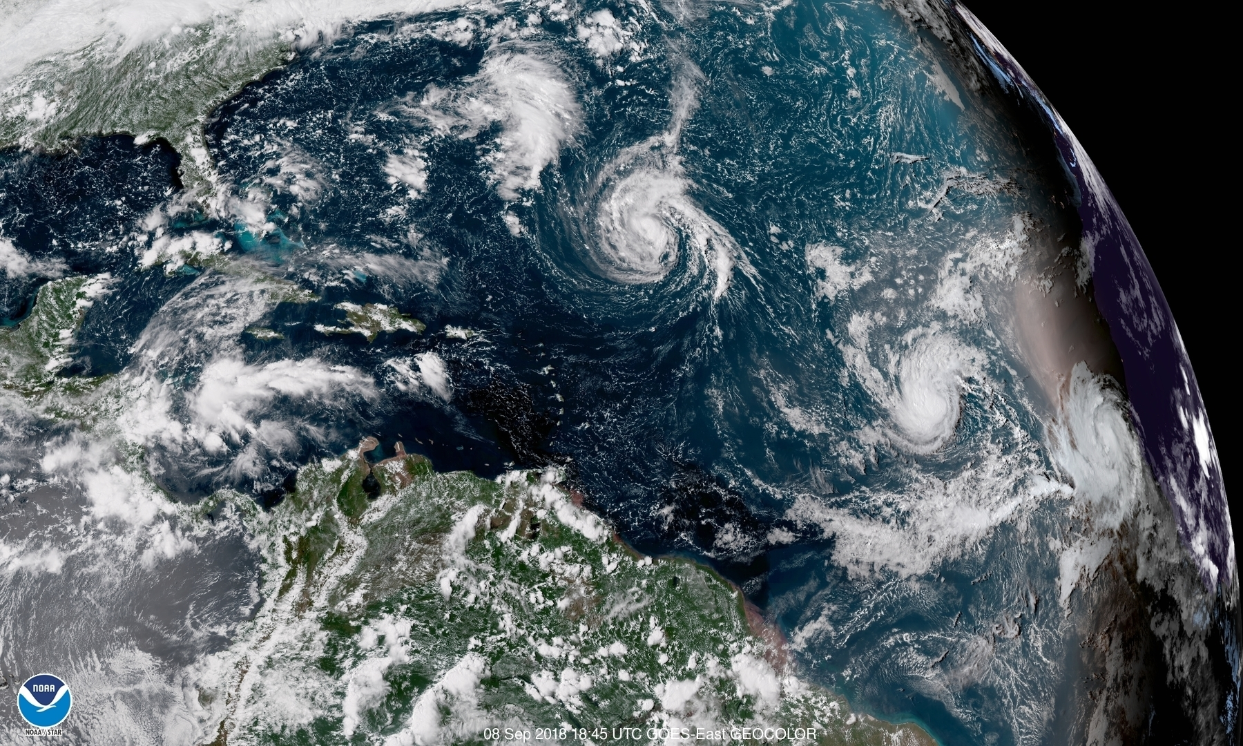 Hurricane Center says Florence close to landfall in North Carolina