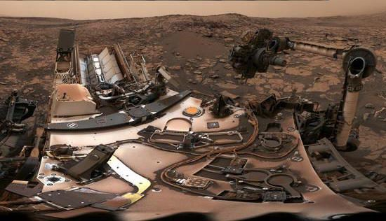 Curiosity Rover Sends 'Selfie' From Mars