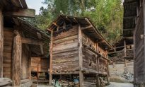 Ancient Chinese Stories: Robbers Disappear After the Granaries Are Opened
