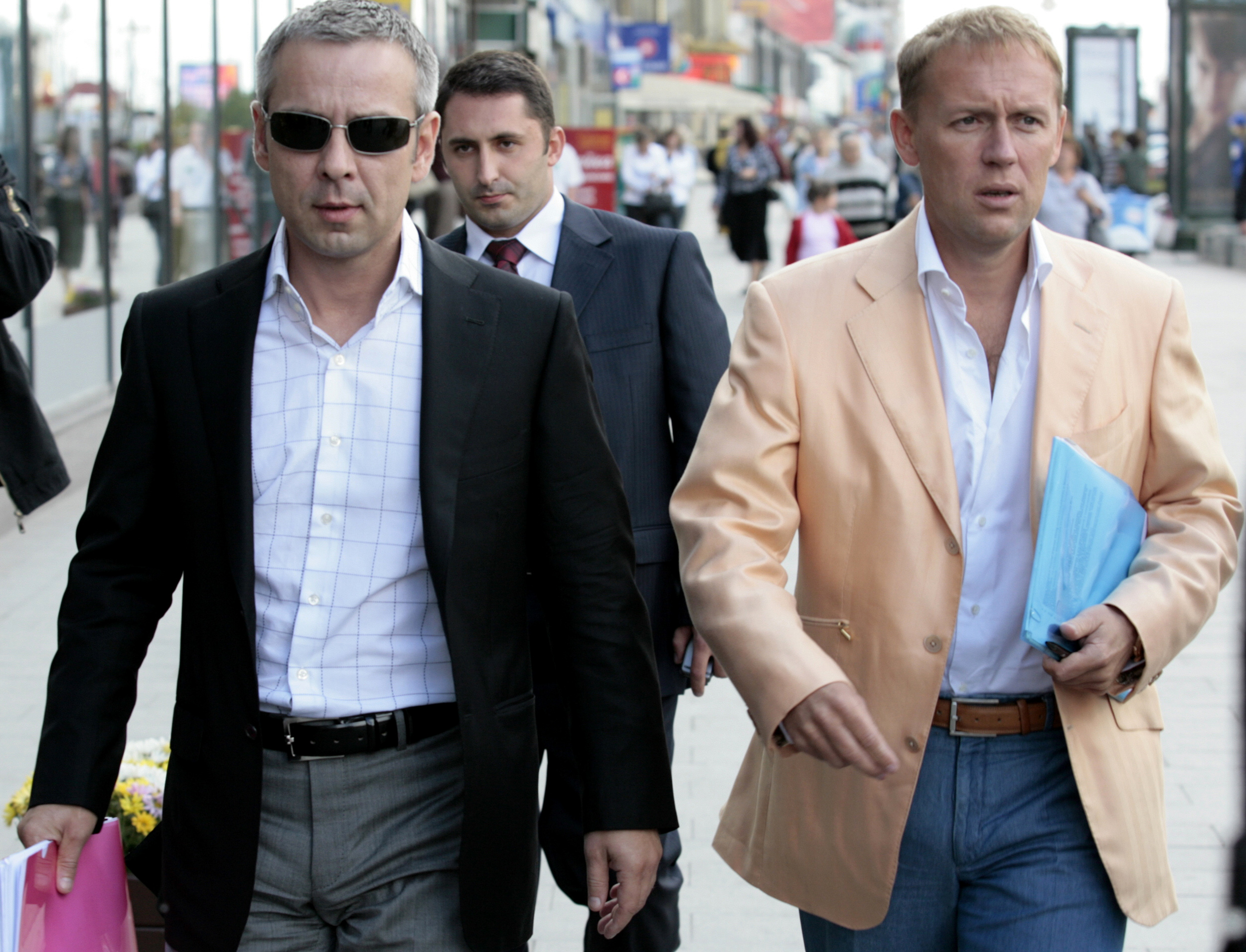 Two ex-KGB agents accused of assassinating Alexander Litvinenko prepare to give a radio interview