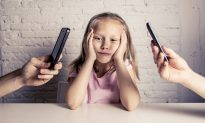 8 Steps Parents Can Take to Put Down Their Phones