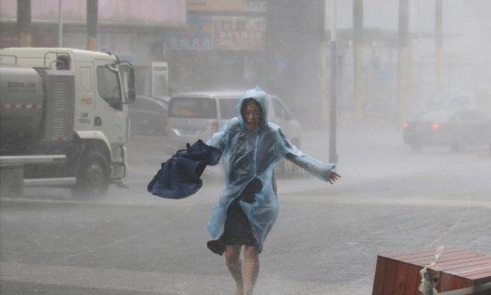 Super Typhoon Mangkhut Slams Into China