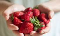 The Dirty Dozen: 12 Foods That Are High in Pesticides