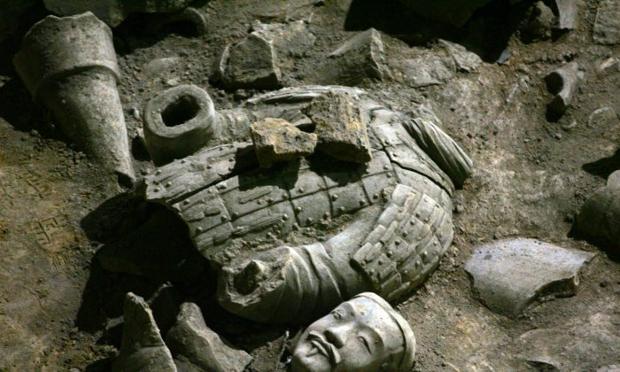 A view of relics of ancient terracotta warriors is seen in the No.2 pit of the Qin Terracotta Warriors and Horses Museum on October 24, 2007 in Lintong of Shaanxi Province, China. (China Photos/Getty Images)