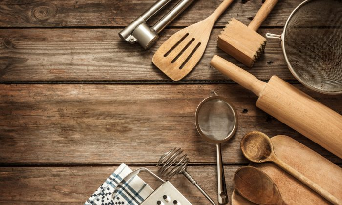5 essential kitchen tools to make your life easierand dishes tastier chefs cooking tips - Kitchen Tools