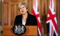 May Challenges EU as Brexit Talks Hit 'Impasse', Sterling Tumbles