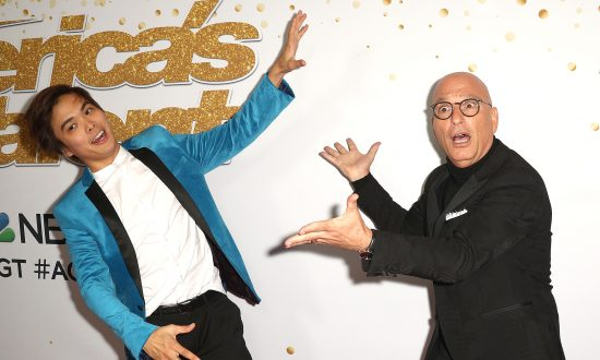 Magician Takes Simon Cowell's Advice, Wins 'America's Got Talent' Season 13