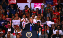 Trump Rallies in Las Vegas Ahead of Nevada Midterm Race