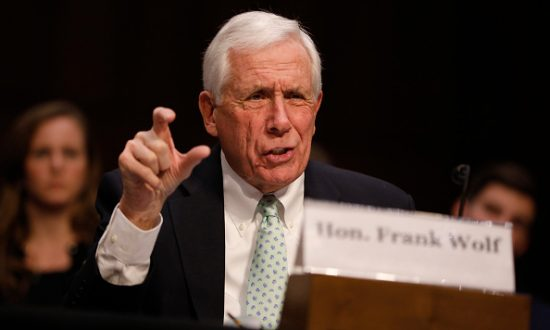 Former Rep. Frank Wolf Honored for Defending Human Rights